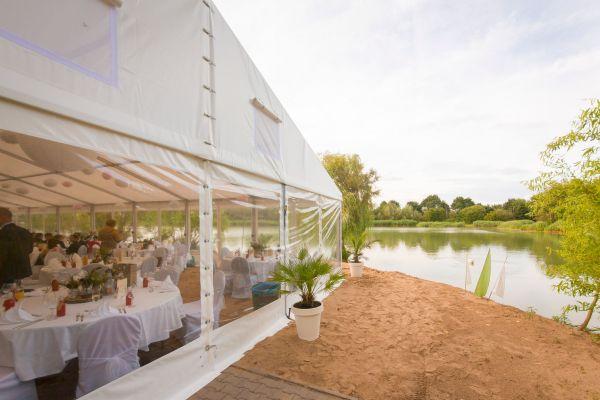 Zelthalle Festzelt 10m Spannweite 2,50m Traufhöhe