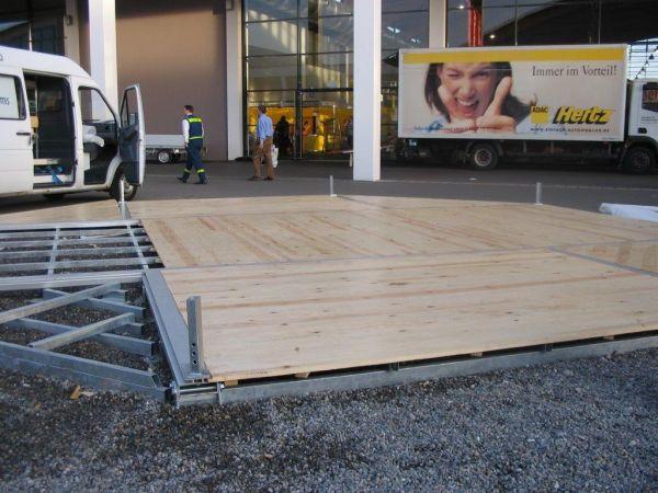 FeMax Fußboden lackiert, mit Stahl und Aluminiumunterkonstruktion je m²